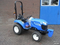 Schlepper / Traktoren New Holland BOOMER 25